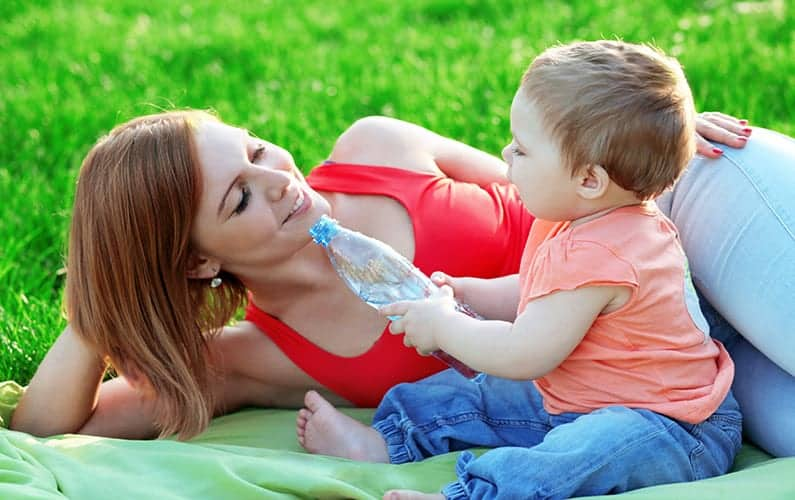 How moms can take care of themselves with the demands of breastfeeding