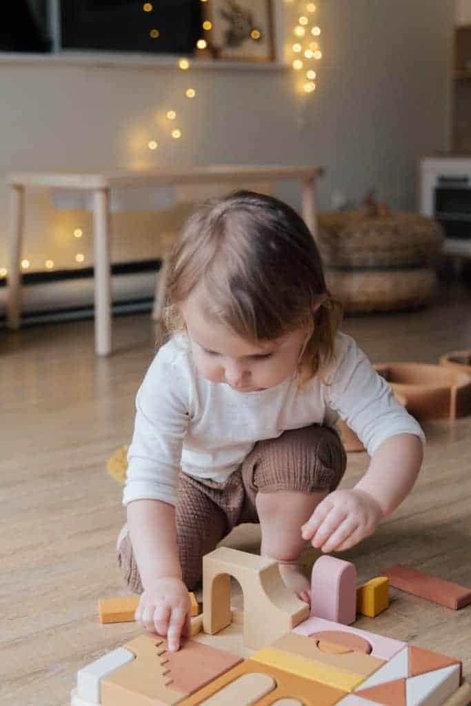 toddler activities: block sorting